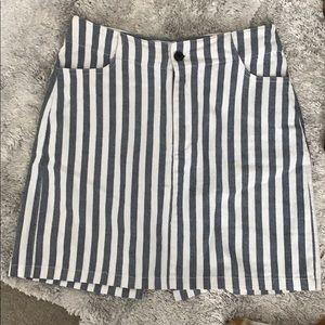 Brandy Melville Mini Skirt 🐬